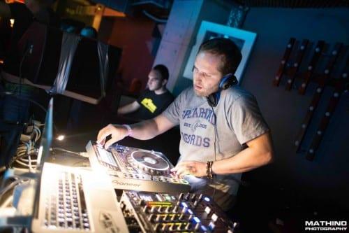 Live DJ Villem